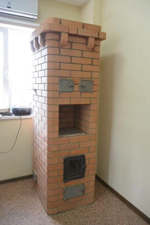 Отопительно-варочная печь в магазине Сиалт по Адресу: ул. Суворова, 21с2 г.Томск