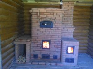 Финская печь-камин,с хлебной камерой  и варочной плитой.